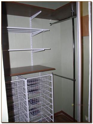 Гардеробные шкафы со стеллажной системой