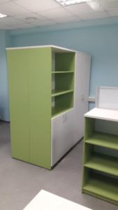 01-4 шкафы стеллажи в офисе